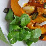 Salát z pečené dýně s polníčkem a fetou