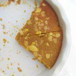 Bezlepkový koláč s jablky a mandlemi