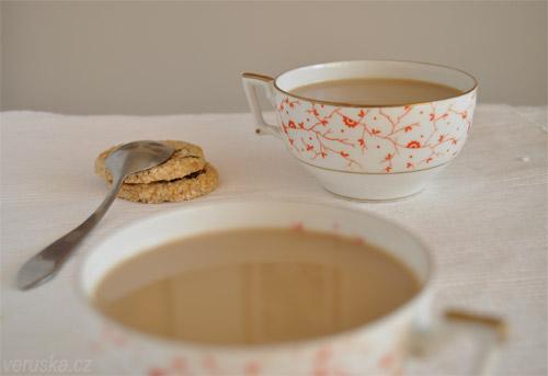 Masala chai v šálku