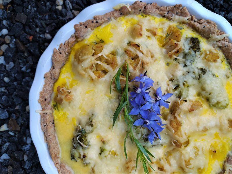Quiche s květákem a sýrem